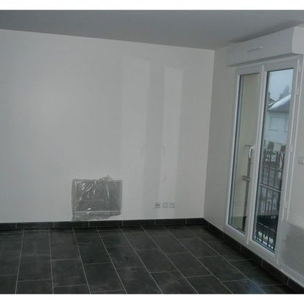 Rent this 3 bed apartment on Villepinte in 93420 Villepinte, France