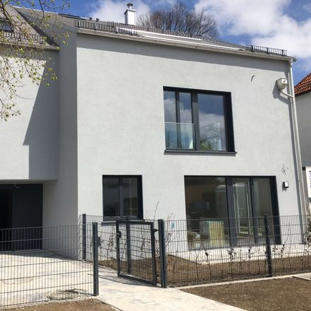 Rent this 3 bed apartment on Daglfinger Straße 101 in 81929 Munich, Germany