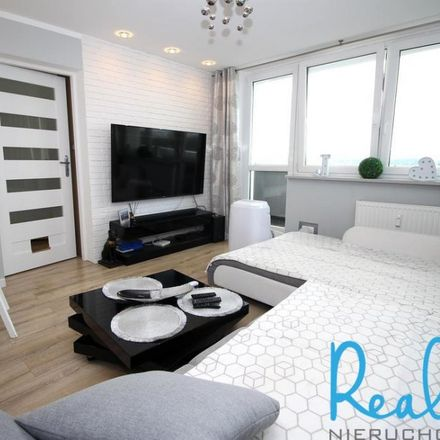 Rent this 3 bed apartment on Lidl in Bolesława Chrobrego 3, 40-881 Katowice