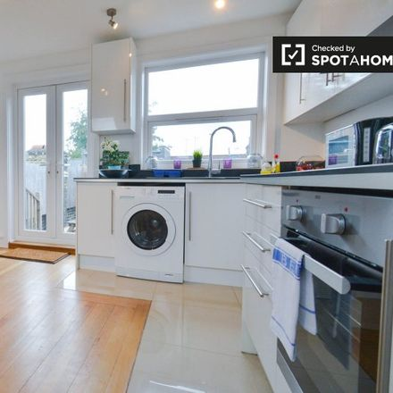 Rent this 2 bed apartment on Thorparch Road in London SW8 4RH, United Kingdom