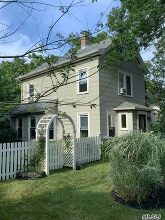 Rent this 3 bed house on 525 Madison Avenue in Greenport, NY 11944