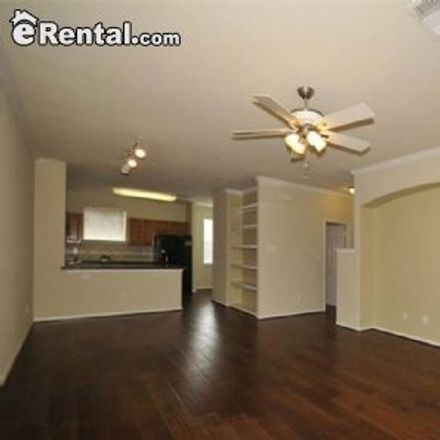 Rent this 2 bed townhouse on Houston