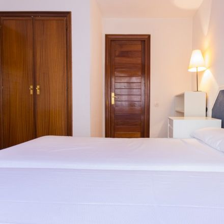 Rent this 1 bed apartment on Hotel Vincci SOMA in Calle de Goya, 79