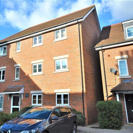 Rent this 2 bed apartment on Watford WD17 4AQ