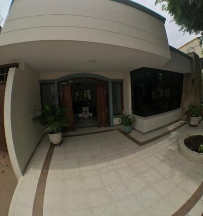Rent this 5 bed apartment on Carrera 34 in Dique, Cartagena