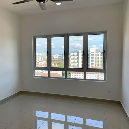 Rent this 2 bed apartment on Jalan Mulia in Bandar Puchong Jaya, 47640 Subang Jaya City Council