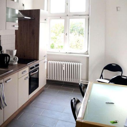 Rent this 5 bed room on Wilsnacker Straße 60 in 10559 Berlin, Germany