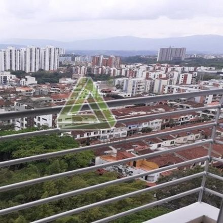 Rent this 3 bed apartment on Calle 112 in Floridablanca, SAN