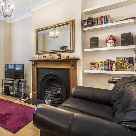 Rent this 2 bed apartment on Holy Trinity Primary School in Faraday Road, London SW19 8PA