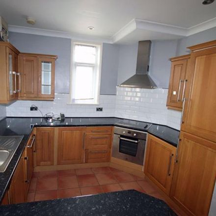 Rent this 3 bed house on Lime Grove Avenue in Carmarthen SA31 1SW, United Kingdom