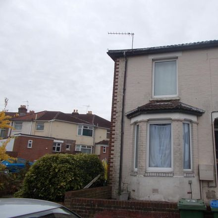 Rent this 4 bed house on 46 Northcote Road in Southampton SO17 3AG, United Kingdom
