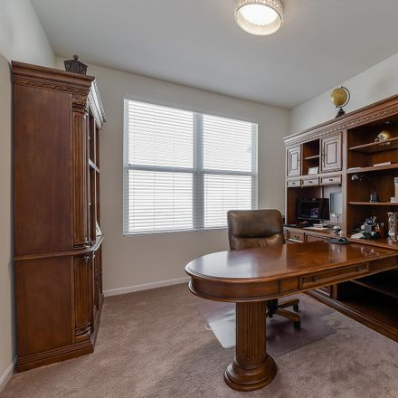 Rent this 3 bed loft on Silver Loch Road in Naperville, IL 60519