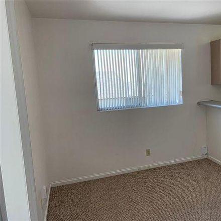 Rent this 1 bed house on 399 Kapaloala Place in Honolulu, HI 96813