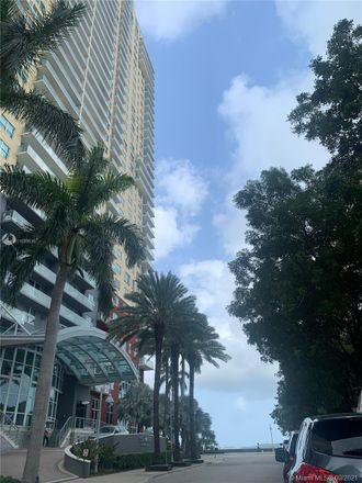 Rent this 3 bed condo on 1155 Brickell Bay Drive in Miami, FL 33131