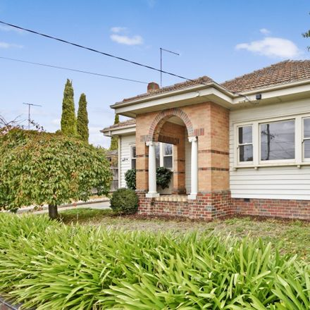 Rent this 3 bed house on 3 Hotham Street
