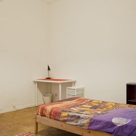 Rent this 5 bed apartment on Taverna Abruzzese in Via Migiurtinia, 35