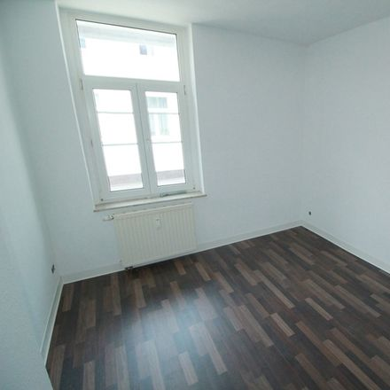 Rent this 4 bed apartment on Fichtestraße 46 in 39112 Magdeburg, Germany