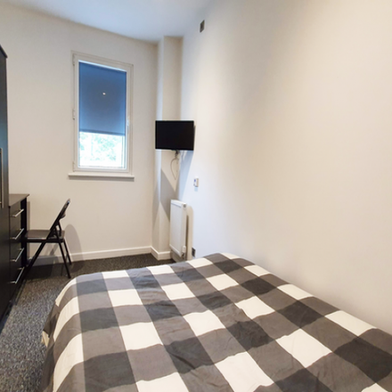 Rent this 9 bed apartment on The Scholar in 13 London Road, Sheffield S2 4LA