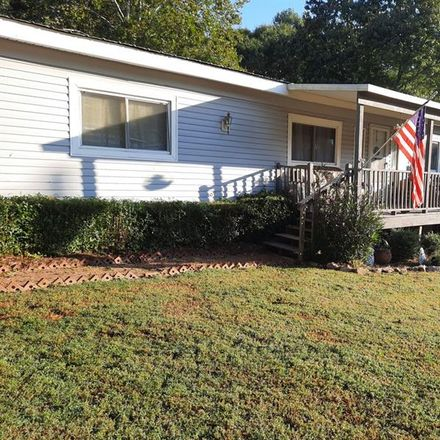 Rent this 3 bed house on 301 Hillside Ct in Winder, GA