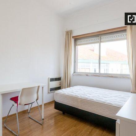 Rent this 3 bed apartment on Mercado de Arroios in Rua Ângela Pinto, Lisbon