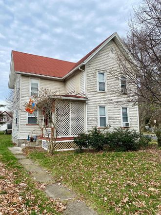 Rent this 3 bed house on 127 Park Place in Waverly, NY 14892