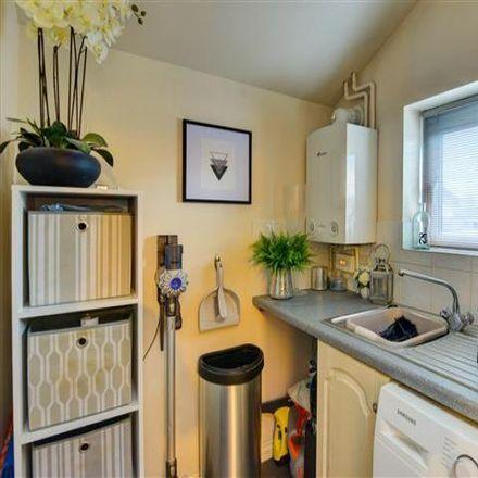 Rent this 3 bed house on Leechpool Lane in Horsham RH12 4HW, United Kingdom