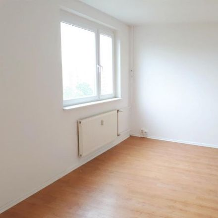 Rent this 2 bed apartment on Straße des Bergmanns 6 in 07545 Gera, Germany