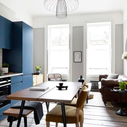 Rent this 2 bed apartment on 388 City Road in London EC1V 2PY, United Kingdom