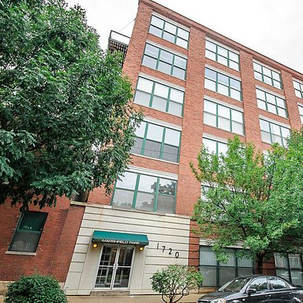 Rent this 2 bed condo on 1714-1720 North Marshfield Avenue in Chicago, IL 60622