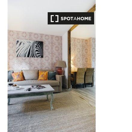 Rent this 1 bed apartment on Pinchitos in Travesía de la Parada, 6