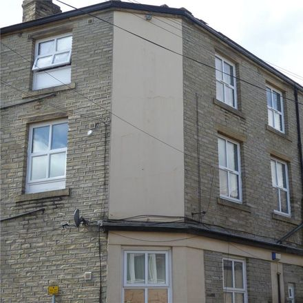 Rent this 2 bed apartment on Gibbet Street in Calderdale HX1 5BA, United Kingdom
