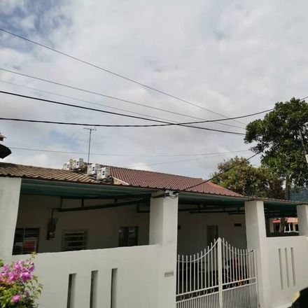 Rent this 1 bed apartment on Bukit Beruang in 75150, Malacca
