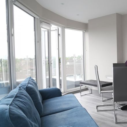 Rent this 6 bed room on 8 The Rise in Drumcondra South C ED, Hampsteadhill