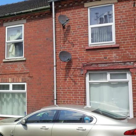 Rent this 2 bed house on Manby Street in Lincoln LN5 8NW, United Kingdom