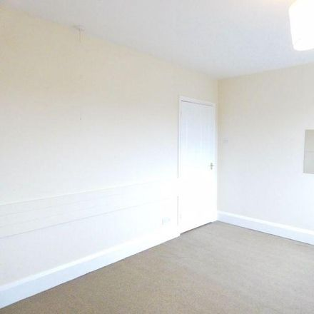Rent this 3 bed house on Portsmouth Road in Lee-on-the-Solent PO13 9AA, United Kingdom