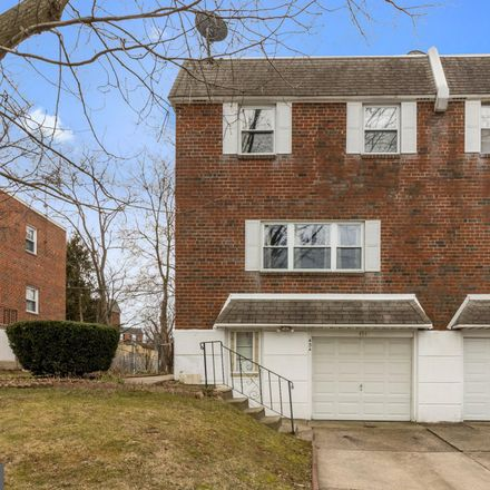 Rent this 3 bed townhouse on 434 Rennard Street in Philadelphia, PA 19116