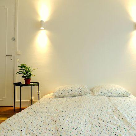 Rent this 3 bed room on Rue de Wattignies in 75012 Paris, France