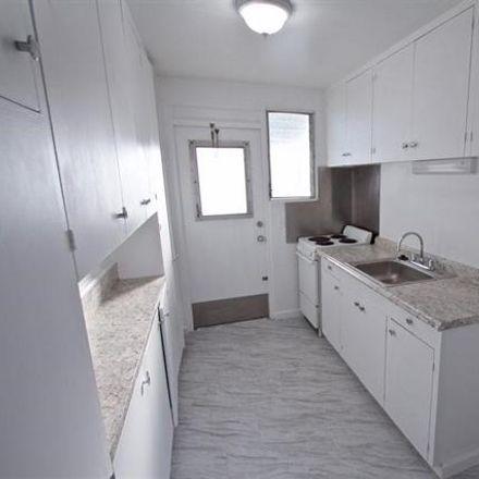 Rent this 2 bed condo on 980 Robello Lane in Honolulu, HI 96817