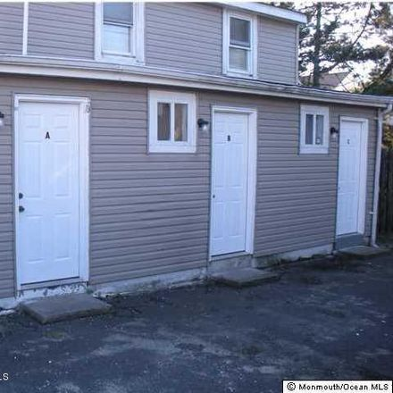 Rent this 2 bed duplex on 107 18th Avenue in Lake Como, NJ 07719