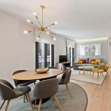Rent this 3 bed apartment on Bodegas Melibea in Calle de Espoz y Mina, 9