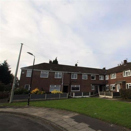 Rent this 3 bed house on Bodmin Road in Trafford M33 5JD, United Kingdom