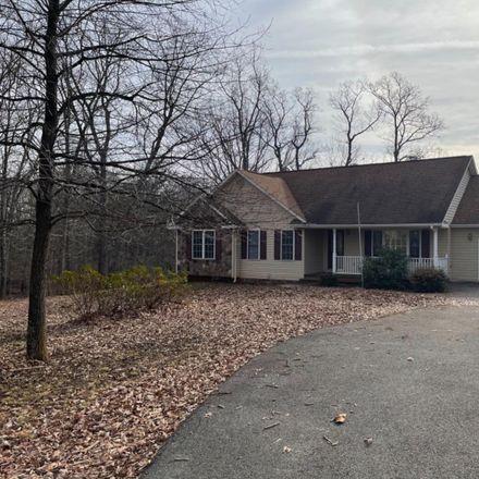 Rent this 3 bed house on 4714 Stewartsville Road in Chamblissburg, VA 24121