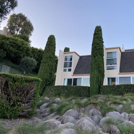 Rent this 2 bed townhouse on 23901 Civic Center Way in Malibu, CA 90265