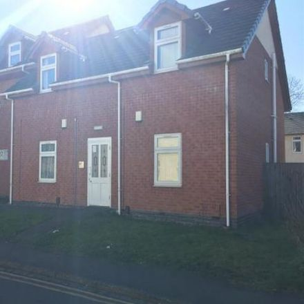 Rent this 2 bed apartment on SophistiRates Hair Salon in Causeway Green Road, The Ashes B68