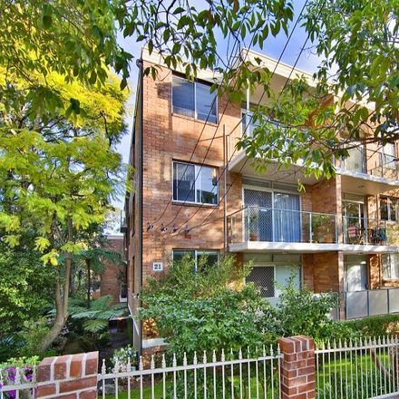 Rent this 2 bed apartment on 13/21 Belmont Avenue