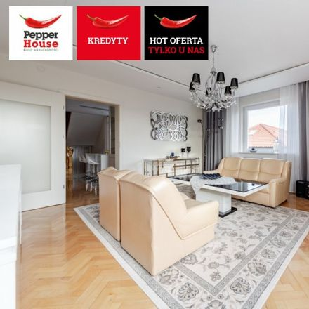 Rent this 6 bed house on Henryka Dąbrowskiego 48 in 84-230 Rumia, Poland
