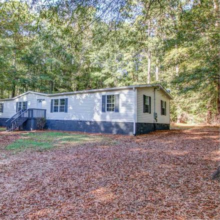 Rent this 3 bed house on Country Creek Rd in Newborn, GA