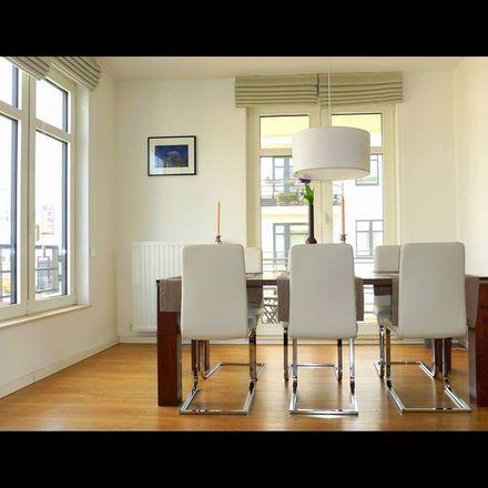 Rent this 2 bed apartment on Rue Auguste Heene - Auguste Heenestraat 27 in 1190 Forest - Vorst, Belgium