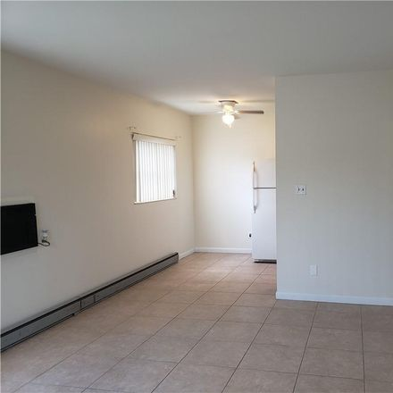 Rent this 1 bed condo on 4th St N in Saint Petersburg, FL
