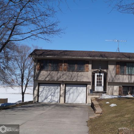 Rent this 3 bed apartment on 3832 North 4th Avenue East in Newton, IA 50208